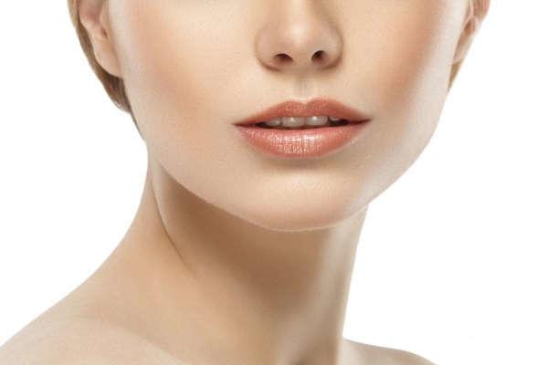 Tratamiento para quitar las arrugas en el cuello sin cirugia en Valencia Dr. Terrén